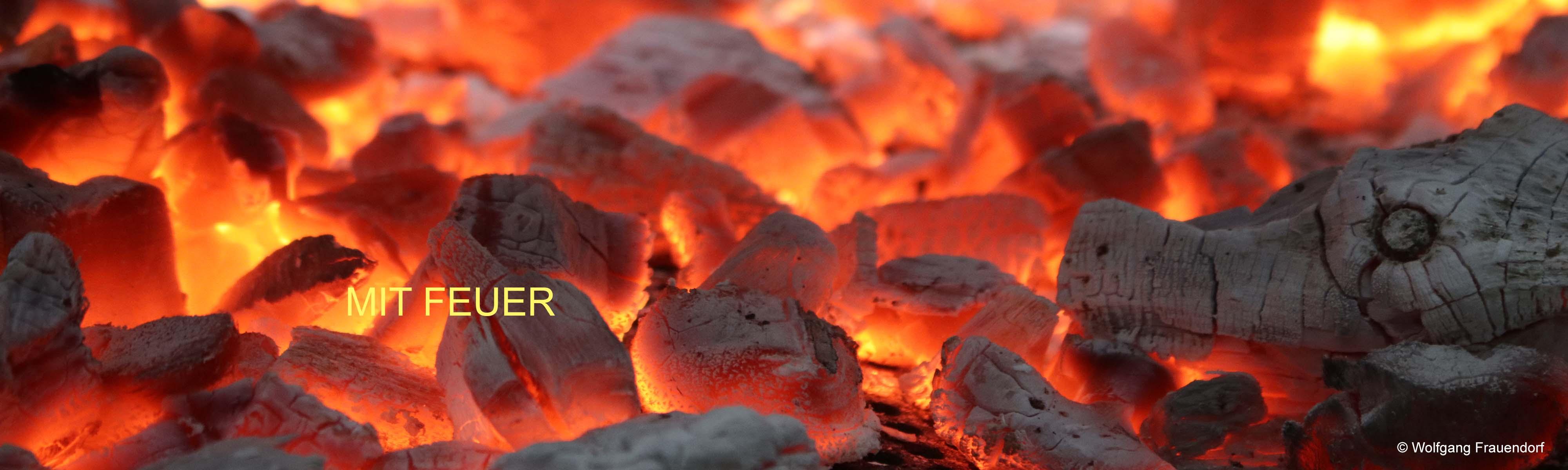 Kohlen mit Glut Symbolisiert mit Feuer - Werbung Marketing